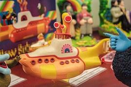 yellow-submarine-921075__180[1]